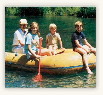 اپنے بچوں کے ساتھ صدر کونٹین ایل کک