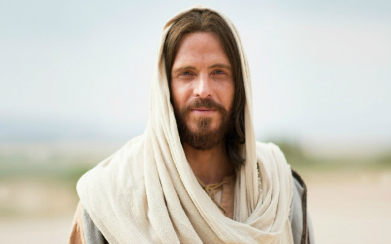'' اور وقت پورا ہونے پرممسوح آتا ہے، تاکہ گرنے بنی آدم کو وہ مخلصی بخشے، اور چونکہ انہوں نے گرنے سے مخلصی پائی ہے سو وہ ہمیشہ تک کے لئے آزاد ہوئے ، نیکی و بدی کو جانتے ہوئیخود پر حاکم ہوں نہ کہ محکوم سوائے اس کے کہ یہ ان حکموں کے مطابق جو خدا نے دیے ہیں آخری اور مہیب دن قانون کی سزا ہو ''۔ ۲ نیفی ۲. ۲۶ ۔