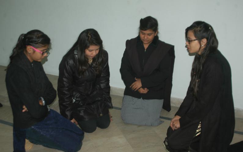 ہم کس طرح سے دعا کر سکتے ہیں دعا کرنے کے کچھ اہم طریقے۔