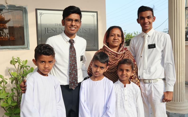 مشنری رضا کارانہ خدمت کرتے ہی