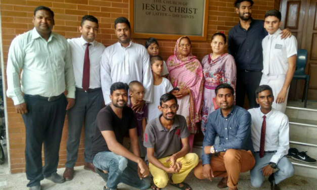 مشنریز کیوں دو سال کے لیے اپنے وقت ، تعلیم  اور اپنے خاندان سے دور رہنے کی قربانی دیتے ہیں؟