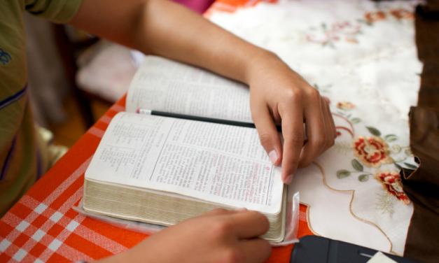 الہامی فیصلے کے چار اسباق جو نیفا ئی نے بتائے ، جو آپ کے خوف کو کم کر سکتے ہیں۔